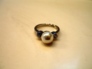 For me! The Romgi got me a pearl ring!